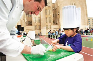 chef_ross_and_child  WEB
