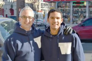 """""""Quiero tener una nueva experiencia"""", dijo Estiven Rodríguez (a la derecha), con el director de WHEELS, Brett Kimmel."""