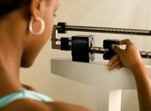 A new study offers resources to help women who have had colon or rectal cancer reach a healthy body weight in one year.